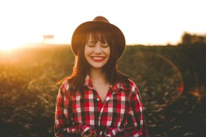 Essential Oils Care - Clove Oil Skin Care