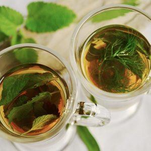 Essential Oils Care - Peppermint Oil Skin Care