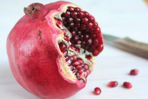 Essential Oils Care - Pomegranate Seed Oil 1