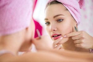Essential Oils Care - Tea Tree Oil Skin Care 1