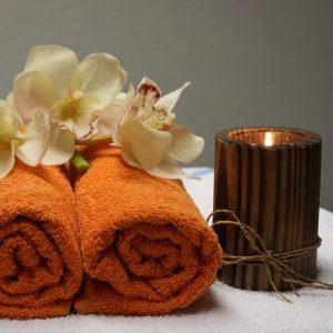 Benefits of Essential Oils for Holistic Skin Care