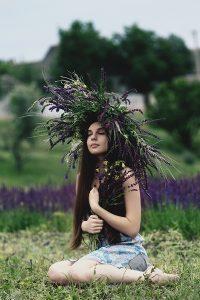 Essential Oils Care - Lavender Oil Hair Care 2