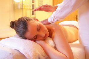 Essential Oils Care - Lavender Oil Aromatherapy 1