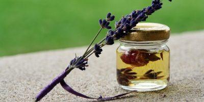 Essential Oils Care - Lavender Oil Personal Care