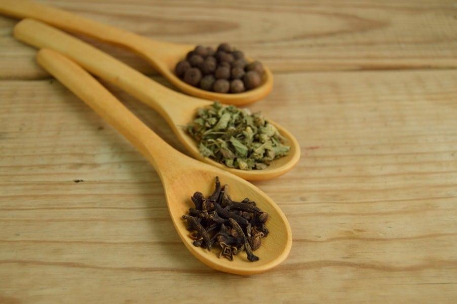 Essential Oils Care - Clove Oil Ingestion